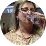 Desde que adquirimos o purificador de água Tenmi não sabemos o que e comprar água engarrafada, quando saímos para uma viagem ou mesmo perto levamos nossa água de casa, nota-se a diferença de sabor e aroma de outras águas, inclusive tenho usado para lavar meus cabelos.